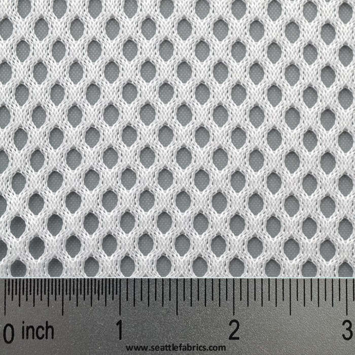 how to cut mesh fabric